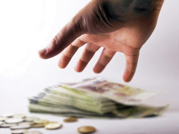 где занять деньги срочно даже если есть непогашенные кредиты