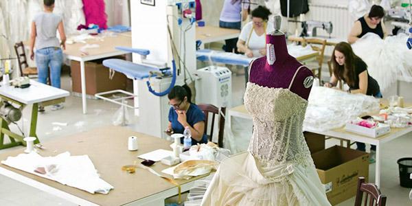 создать уникальное свадебное платье со швеей просто
